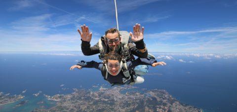 Saut en parachute tandem dans les Côtes d'Armor
